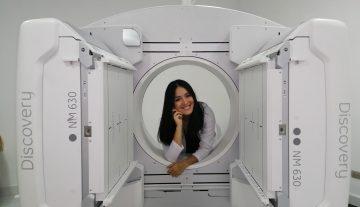 Dra. ADRIANA ROSALES MEDICO NUCLEAR